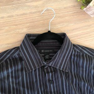 Like new pinstriped dress shirt